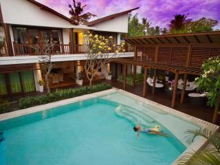 Massive 5 BR Private Pool Villa Casis Sanur Beach