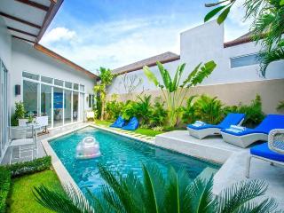 3 BR Villa Near Berawa Beach - Canggu