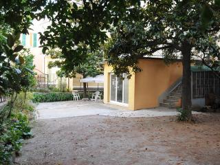 Casa Magnolie: lovely flat  in an ideal location, San Remo