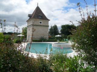 Pigeon house, Saint-Vincent-Lespinasse
