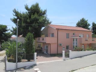 Apartment Luvi quiet neighborhood 1