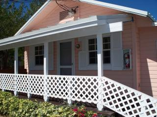 Bayfront Cottage, Beach, Dock, Marina $170, Key Largo