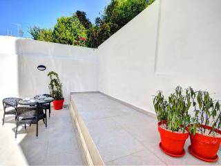 Modern Home With Terrace in city (Eden Grail), Gzira