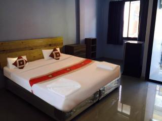 Seasnakedivers & Guesthouse, Patong