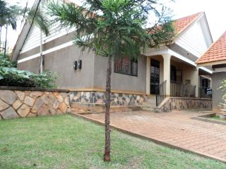Kiwatule 2 bedroom furnished House, Kampala