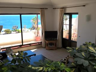 Lago Verde, 3 bedroom Penthouse Suite, Panoramic Sea Views, Touristic License,