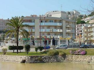 Apt. with beach,terrace Peñis, Peniscola