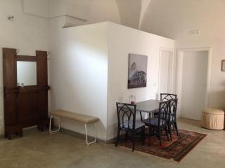 Salento appartamento '800, Campi Salentina