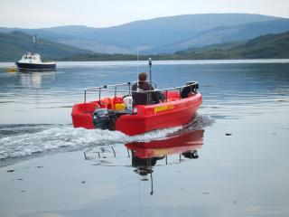 Your stay includes a self drive boat with full safety gear and training so you can explore the loch.