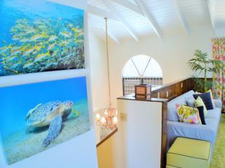 Grace Bay Beach Villa - near Snorkeling, Pool, Providenciales