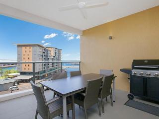 Saltwater Suites - 2 Bedroom Lagoon Apartment Sleeps 4, Darwin