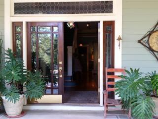 Mileybright Farmhouse 2 bedroom suite