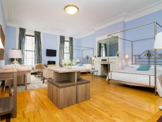 LUXURY LOFT~PRIME MIDTOWN~CLOSE TO ALL~MADISON AVE, New York City