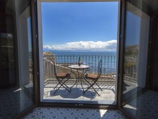 Two bedroom apartment with sea view, Tarifa