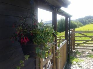 Pengelli Farm Lodge