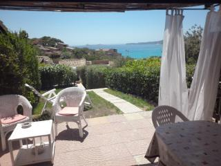 seaview villa with garden, 200m from the beach, Villasimius
