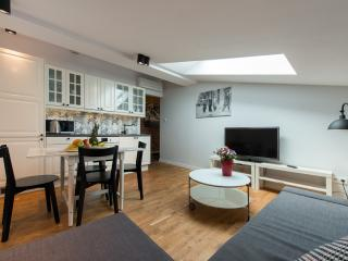 HomeAbroad - K12 - Modern, cosy and well-designed, Krakow