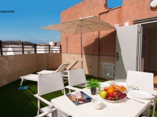 Estupendos apartamentos a 100 m de las Canteras, Las Palmas