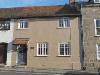 A limited cottage in the heart of gorgeous Shaftesbury