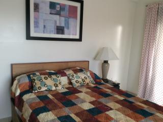 2 Bed One Bath apartment apt 3A, All Saints