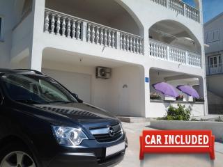 Apartment Zadar with Car Rental Options