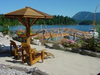 Captain's Cove Luxury Suite, Sechelt