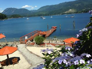 Oceanside - Two Luxury Suites, Sechelt