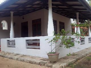 Yala Coconut Villa