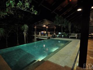 A Secluded 3 Bedroom Villa Retreat, Kuala Lumpur