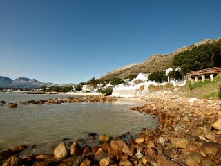 Westbank Private Beachfront Villa, Gordon's Bay