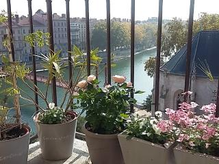 Large bedroom with stunning view in Vieux Lyon