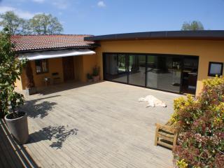 Casa independiente con jardín, Herrera de Ibio