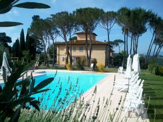 Apt 2 La Certaldina 'Relax & Visit Tuscany', Certaldo