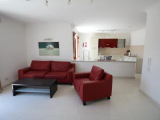 Flat 2 - 2 Bedroom Apartment, Bahar ic-Caghaq