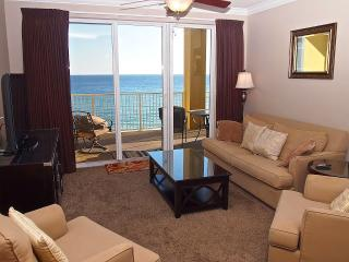 Beautiful; 3 Bedroom Condo- Directly On the beach!, Panama City Beach
