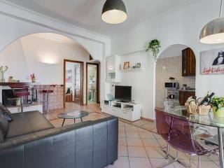 style in the center of Rome. Casa con camino,WIFI