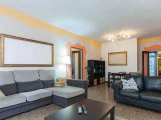 Coloratas & Centricas Habitaciones - WiFi, Barcelona