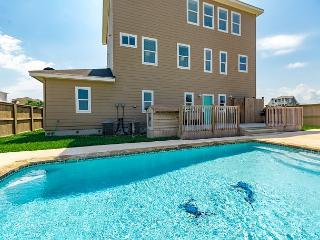 All Waves, No Worries, Gulf Views, Private Pool, Close to Beach, Port Aransas
