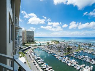 PANORAMIC OCEAN / MARINA VIEW  WAIKIKI 1 BEDROOM, Honolulu