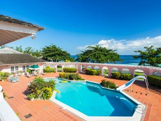 Villa Mara, Sleeps 14, Mammee Bay