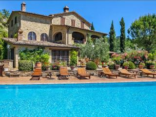 Camilla, Sleeps 10, Assisi