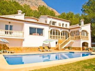 Casa Magnifica