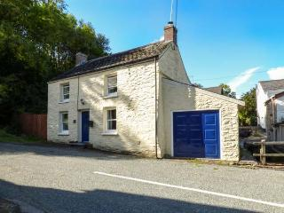 STAR MILL COTTAGE, detached cottage, woodburner, alongside stream near Cardigan,