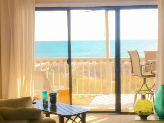 Stylish Oceanfront Retreat -- Quiet location, Carolina Beach