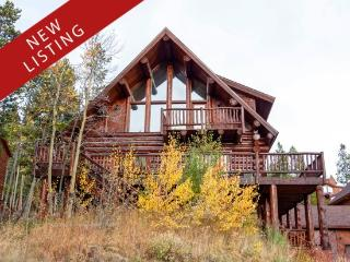 Magnificent Log Home with Breathtaking Views and Stunning Mountain Decoration, Breckenridge