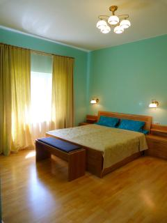 Doppelbett im Schlafzimmer Deluxe