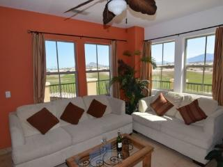Condo 33-3 Your Golf Course Paradise!