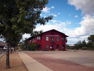 The Historic Clarkdale Lodge  #202
