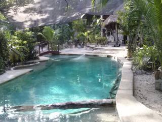 Hospedaje en la Selva de Tulum: Cabaña Osh
