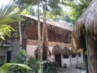 Holiday & Ecology Los Jaguares : Hut Sabila